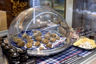 truffels are one of Italy's top 10 foods