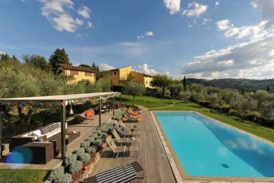 Explore Authentic Tuscany villa rentals